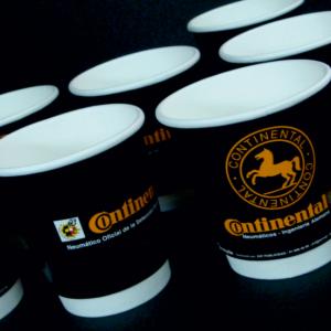 Vasos térmicos de café